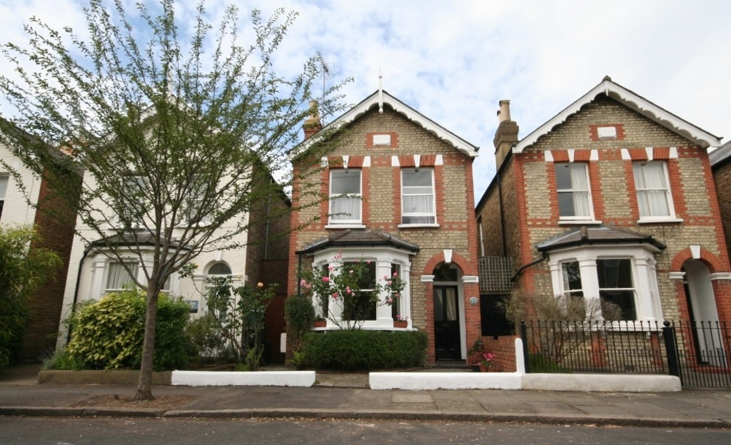 houses for sale in kingston surrey